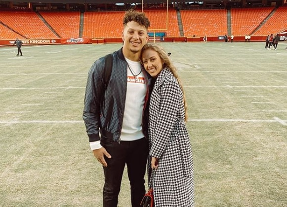 Chiefs QB Patrick Mahomes proposes to his longtime girlfriend, reports